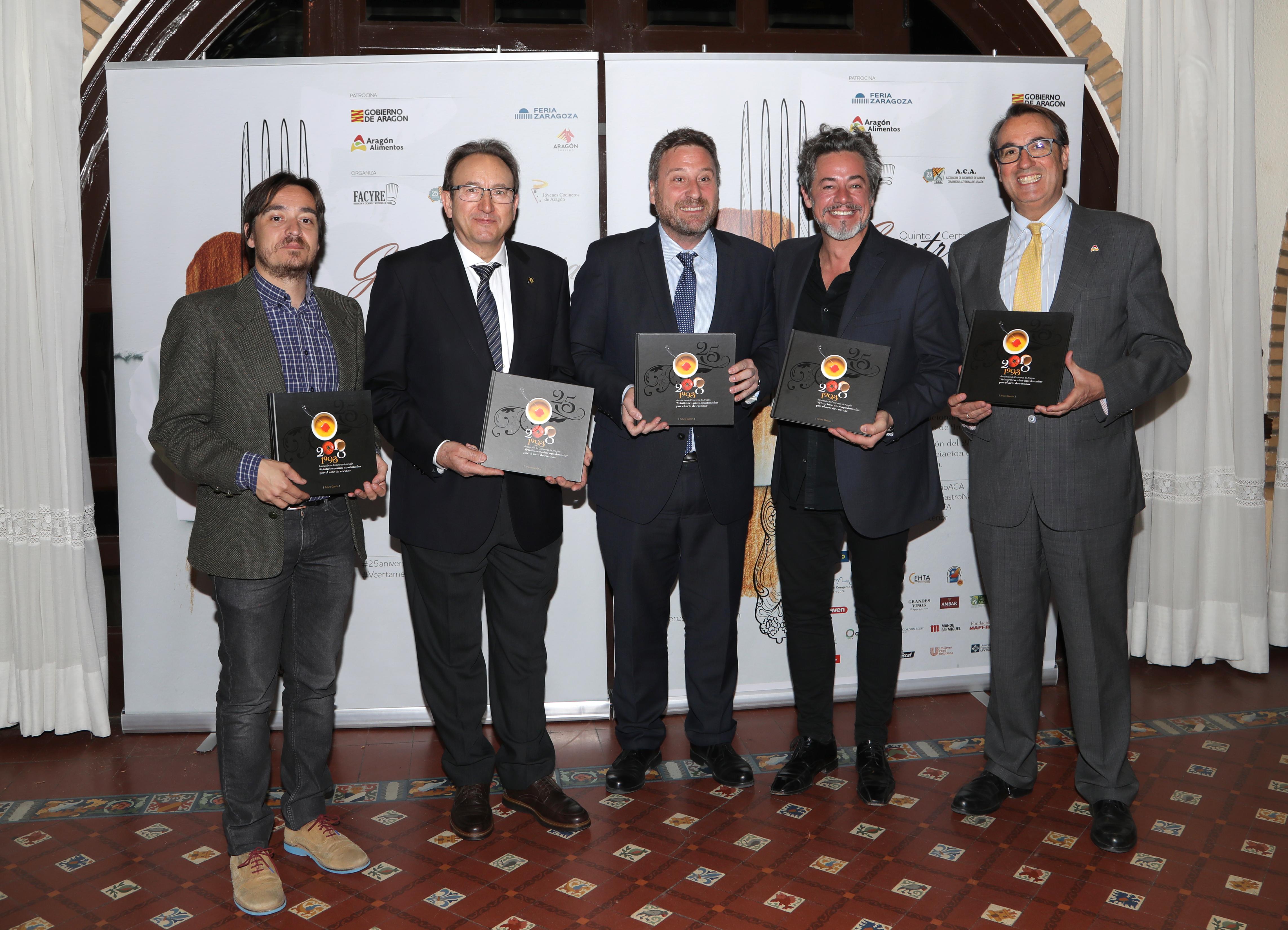 La Asociación de Cocineros celebra sus 25 años con premios, cena y un libro